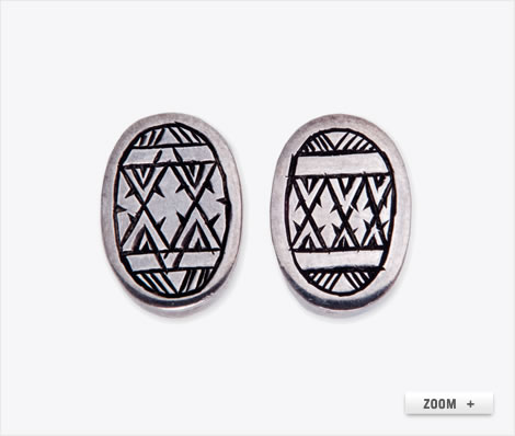 Malika oval earrings